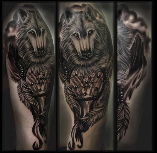 Atrapasueños y Lobo